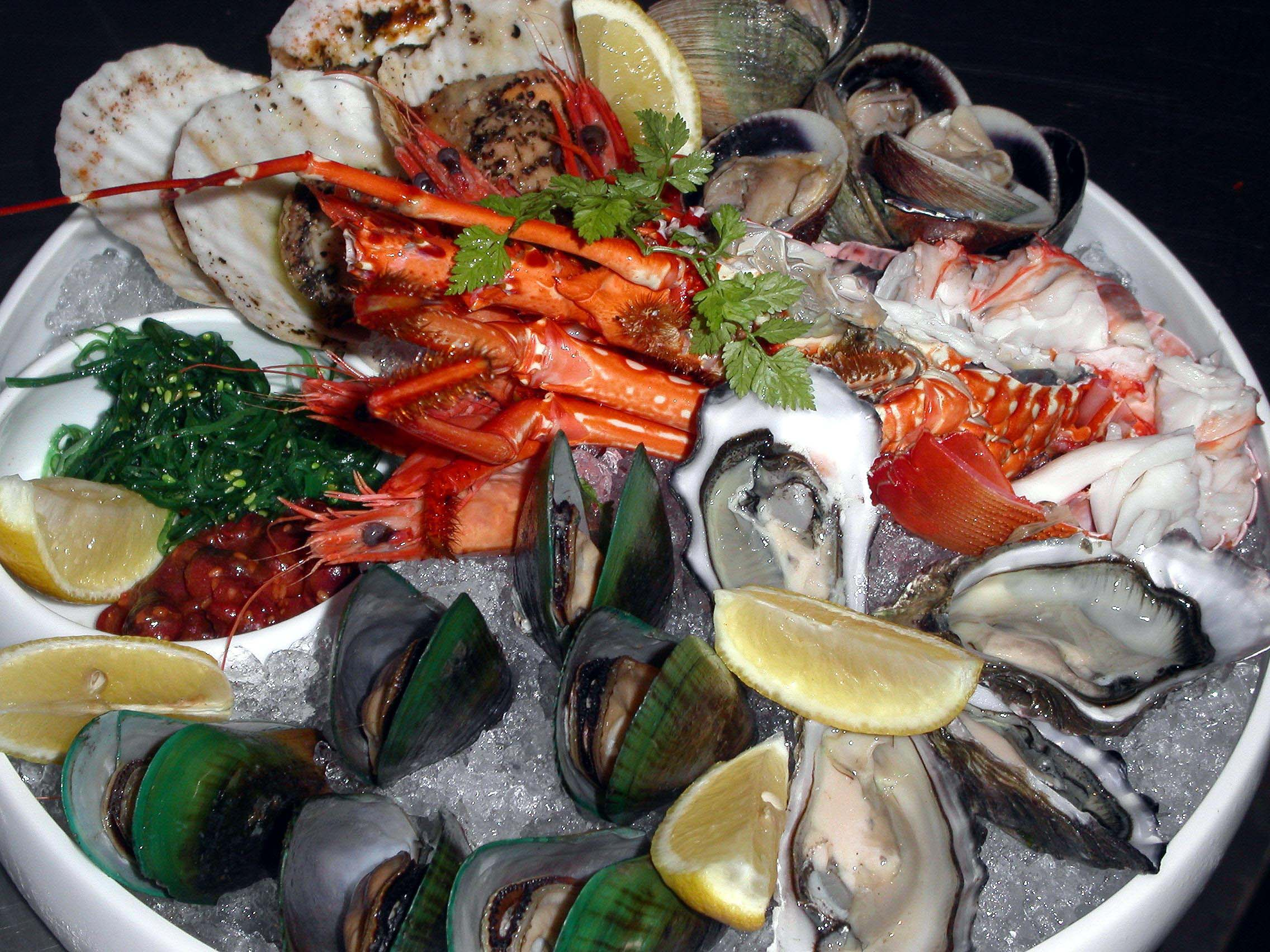 Fish tales singapore international seafood restaurant for Fish tales menu