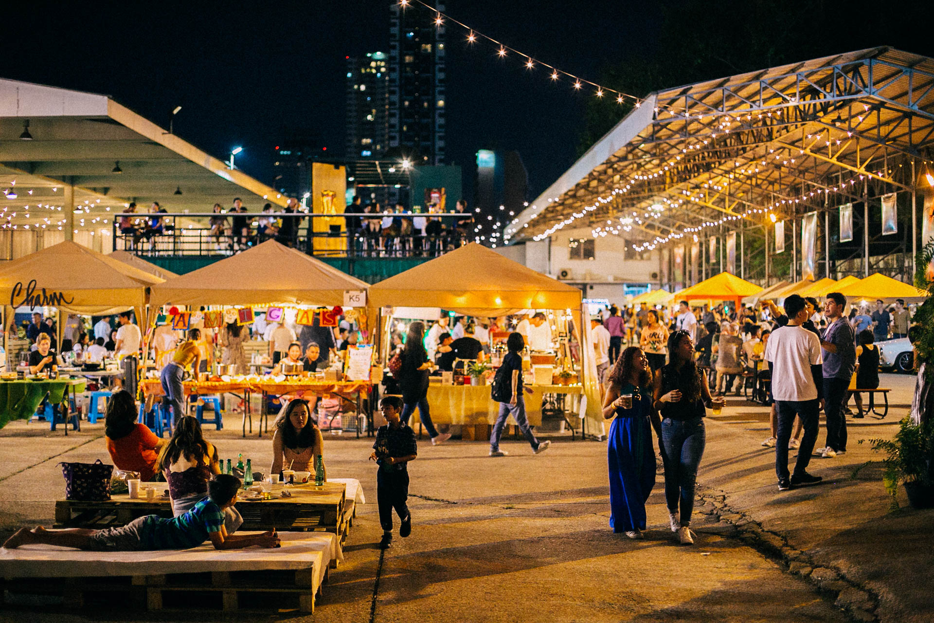 Bringing together over 60 food stalls, private dinners, pop-up restaurants and boat parties.