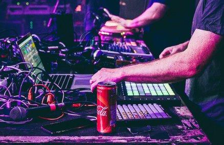 fb.com/jazzanova