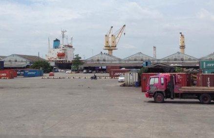 Klong Toey port. Credit: Pongsak ksm / th.wikipedia.org