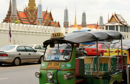 Tuk-tuk Outside the Grand Palace. Credit: SK (via Flickr)