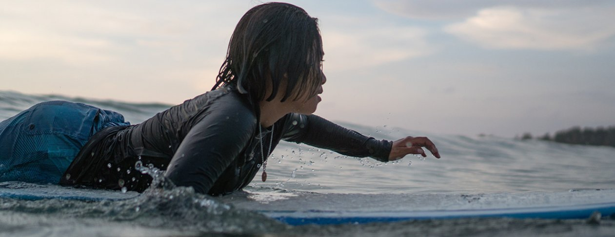 Khao Lak surfing / image courtesy of Ken Yashiro