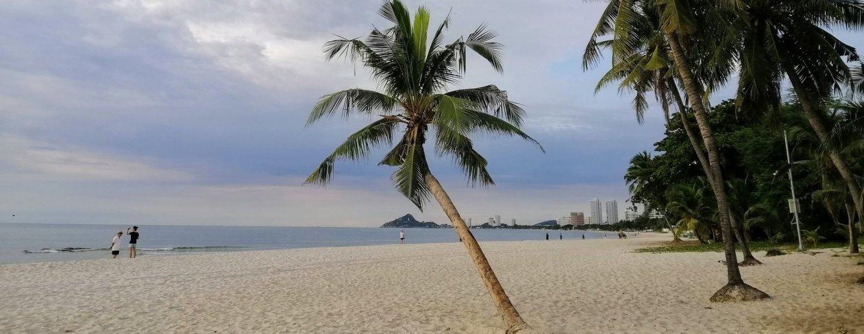Hua Hin's wide, empty beach