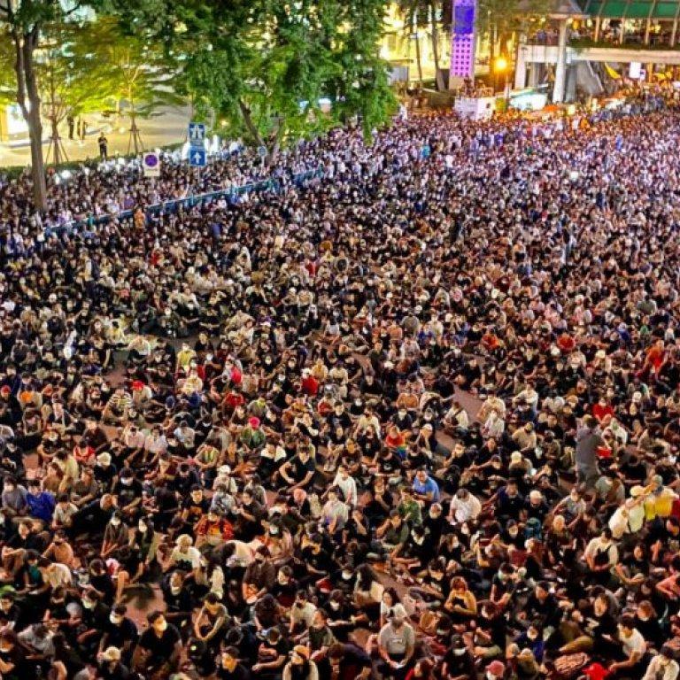 Ratchaprasong protests. Credit: Coconuts Bangkok