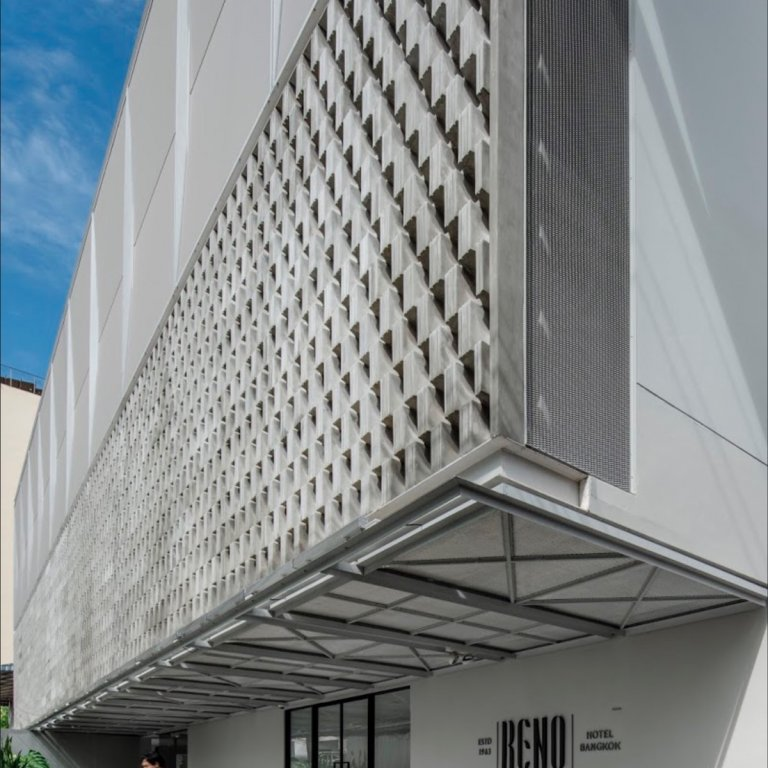 Image: Reno Hotel