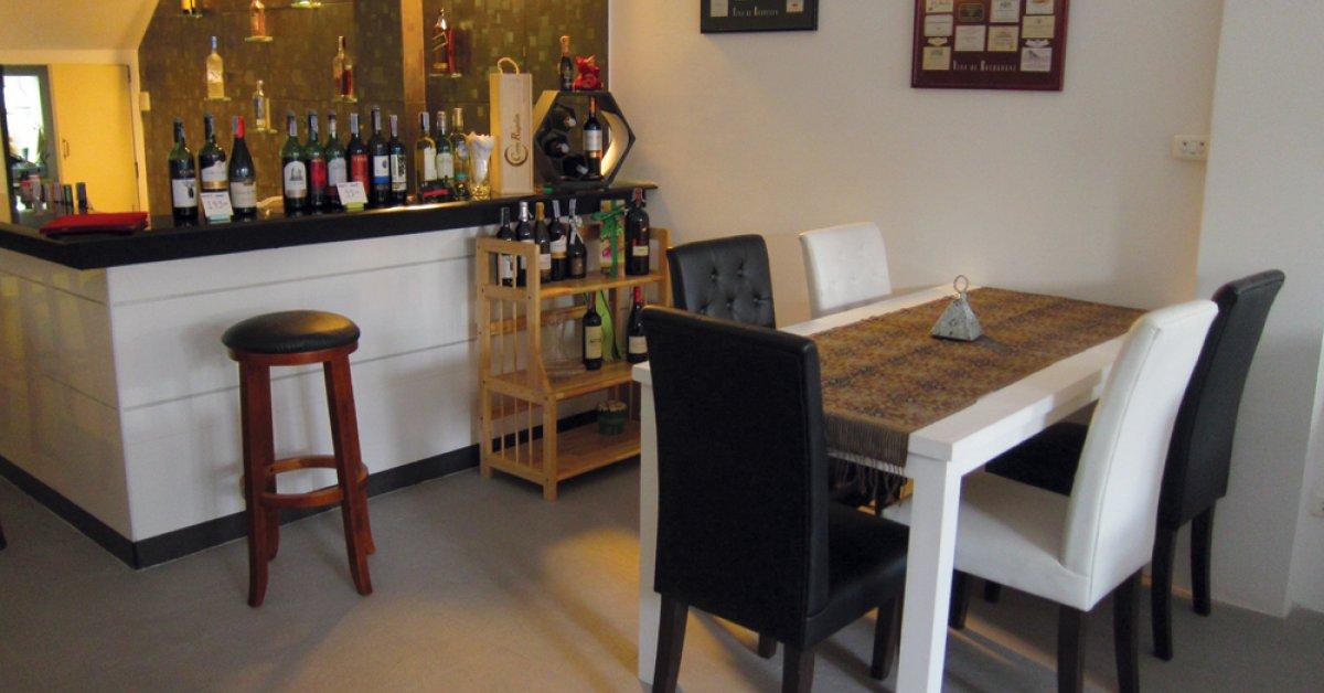 Sip Wine Bar Tasting Bk Magazine Online