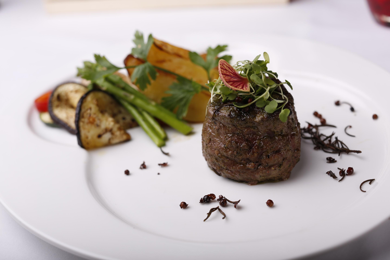 Angelini restaurant and bar to host tuscan themed wine for Angel thai cuisine riverside