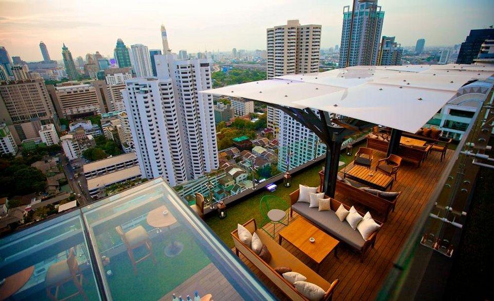 Bangkok 39 s best outdoor bars and restaurants bk magazine for Outdoor furniture thailand bangkok