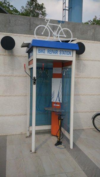 Prevratná premena telefónnych búdok…dokážete uhádnuť ich nové využitie?